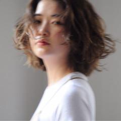 色気 外国人風 ナチュラル 大人女子 ヘアスタイルや髪型の写真・画像