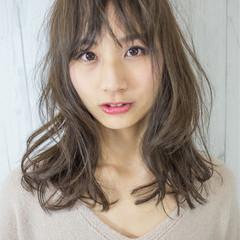 こなれ感 小顔 ニュアンス シースルーバング ヘアスタイルや髪型の写真・画像