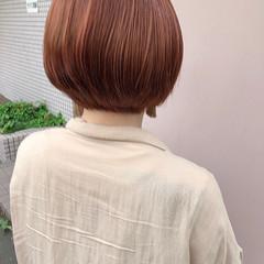オレンジベージュ イルミナカラー ショートボブ ミニボブ ヘアスタイルや髪型の写真・画像