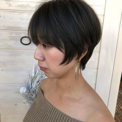 フェミニン マッシュ かっこいい 小顔 ヘアスタイルや髪型の写真・画像