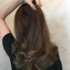 グラデーションカラー アッシュ ロング ストリート ヘアスタイルや髪型の写真・画像