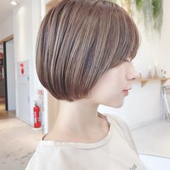 ショート アウトドア アンニュイほつれヘア 大人かわいい ヘアスタイルや髪型の写真・画像