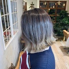 切りっぱなしボブ アッシュグレージュ ボブ グレージュ ヘアスタイルや髪型の写真・画像