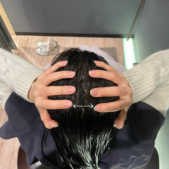 ロング 頭皮ケア ヘアケア ツヤ髪 ヘアスタイルや髪型の写真・画像