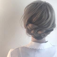 リラックス 色気 アッシュ 結婚式 ヘアスタイルや髪型の写真・画像