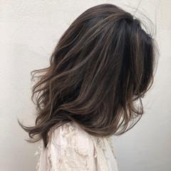 コントラストハイライト 大人ハイライト 秋冬スタイル 圧倒的透明感 ヘアスタイルや髪型の写真・画像