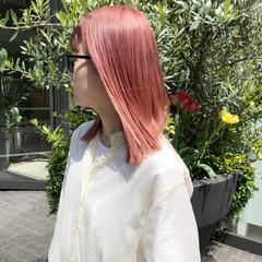 デート ピンク カジュアル ストリート ヘアスタイルや髪型の写真・画像