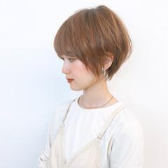 大人ショート ミニボブ ショートヘア ナチュラル ヘアスタイルや髪型の写真・画像