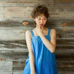 パーマ アッシュ ガーリー ショート ヘアスタイルや髪型の写真・画像