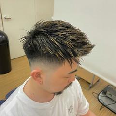 フェードカット スキンフェード メンズ ストリート ヘアスタイルや髪型の写真・画像
