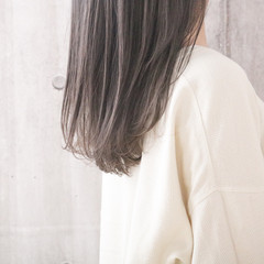 透明感カラー ナチュラル ミルクティーグレージュ ミルクティーベージュ ヘアスタイルや髪型の写真・画像