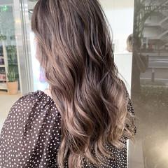 バレイヤージュ ハイライト ストリート セミロング ヘアスタイルや髪型の写真・画像