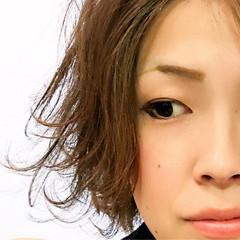 大人女子 ボブ アッシュ 外ハネ ヘアスタイルや髪型の写真・画像
