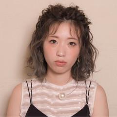 シースルーバング アンニュイ ウェーブ ヘアアレンジ ヘアスタイルや髪型の写真・画像