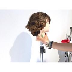 ヘアアレンジ 雨の日 フェミニン 梅雨 ヘアスタイルや髪型の写真・画像