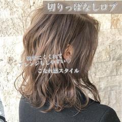 アッシュブラウン ブラウンベージュ ロブ ボブ ヘアスタイルや髪型の写真・画像