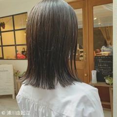 ミディアム 艶髪 外ハネ ゆるふわ ヘアスタイルや髪型の写真・画像