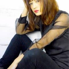 ストリート 秋 ミディアム モード ヘアスタイルや髪型の写真・画像