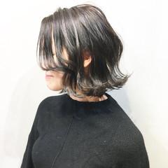 ナチュラル ミルクティーグレージュ ボブ マットグレージュ ヘアスタイルや髪型の写真・画像