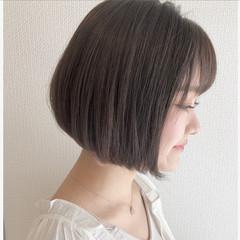 デート ボブ グレージュ 簡単ヘアアレンジ ヘアスタイルや髪型の写真・画像