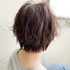 アウトドア パーティ ナチュラル ショート ヘアスタイルや髪型の写真・画像