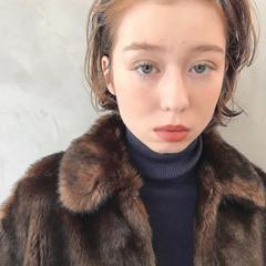 かわいい 外ハネ 抜け感 冬 ヘアスタイルや髪型の写真・画像