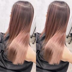 ピンクベージュ バレイヤージュ ピンクアッシュ ピンク ヘアスタイルや髪型の写真・画像