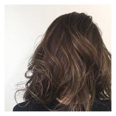 アッシュ ロング 外国人風 グラデーションカラー ヘアスタイルや髪型の写真・画像