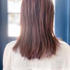 セミロング ピンクパープル パープルアッシュ ナチュラル ヘアスタイルや髪型の写真・画像