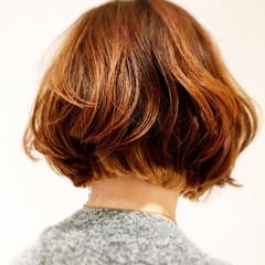 ストリート パーマ ゆるふわ ハイライト ヘアスタイルや髪型の写真・画像