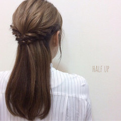 イルミナカラー ヘアアレンジ ハーフアップ セミロング ヘアスタイルや髪型の写真・画像