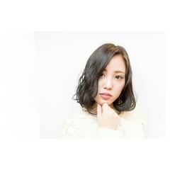 色気 イルミナカラー ナチュラル 暗髪 ヘアスタイルや髪型の写真・画像