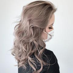 エレガント ブロンド バレイヤージュ ミルクティーベージュ ヘアスタイルや髪型の写真・画像
