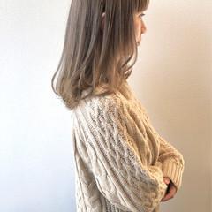 ミルクティーベージュ ミルクティーグレージュ ガーリー ミルクティー ヘアスタイルや髪型の写真・画像