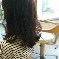 大人かわいい レッド ガーリー 暗髪 ヘアスタイルや髪型の写真・画像