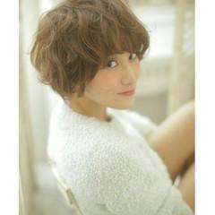 おフェロ ショート パーマ 外国人風 ヘアスタイルや髪型の写真・画像