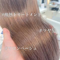 鎖骨ミディアム 透明感 インナーカラー 小顔ヘア ヘアスタイルや髪型の写真・画像