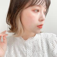 ナチュラル 小顔ヘア レイヤーカット シースルーバング ヘアスタイルや髪型の写真・画像