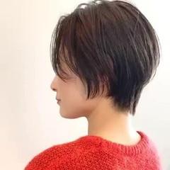 ショートボブ ショートヘア オフィス 大人かわいい ヘアスタイルや髪型の写真・画像