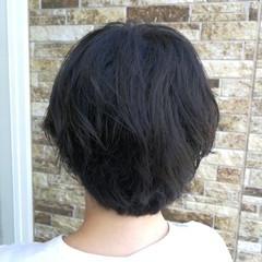 ふわふわ ウェーブ ショート ボブ ヘアスタイルや髪型の写真・画像