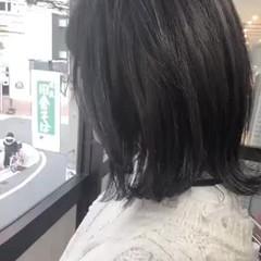 ナチュラル ミディアム グレージュ スモーキーカラー ヘアスタイルや髪型の写真・画像