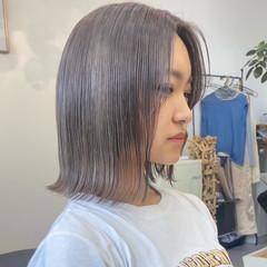 ブリーチカラー 切りっぱなしボブ ミニボブ ハイトーンカラー ヘアスタイルや髪型の写真・画像