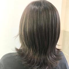 セミロング 大人ハイライト ナチュラル ハイライト ヘアスタイルや髪型の写真・画像