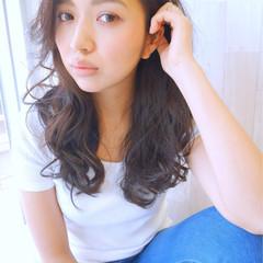 外国人風カラー ロング グレージュ アッシュ ヘアスタイルや髪型の写真・画像