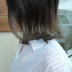 透明感 グラデーションカラー コンサバ アッシュ ヘアスタイルや髪型の写真・画像