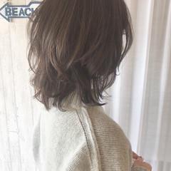 ミディアム ニュアンスウルフ ウルフ ナチュラル ヘアスタイルや髪型の写真・画像