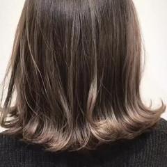 ウェーブ ハイライト 外ハネ 外国人風 ヘアスタイルや髪型の写真・画像