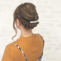 フェミニン ヘアアレンジ ミディアム 外国人風 ヘアスタイルや髪型の写真・画像