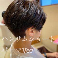 ショートヘア ハンサムショート ベリーショート モード ヘアスタイルや髪型の写真・画像
