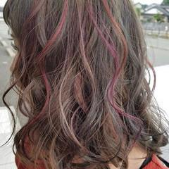 ゆるふわ ミディアム ダブルカラー アンニュイほつれヘア ヘアスタイルや髪型の写真・画像